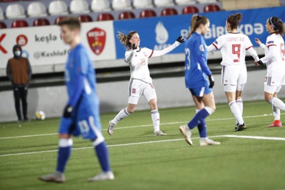 Eva Navarro marca su segundo gol con la selección en el partido ante Azerbaiyán