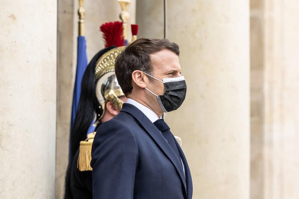 Los estadounidenses que estén vacunados podrán viajar a Francia desde mayo