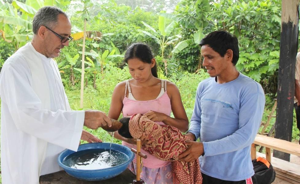 El obispo de Iquitos (Perú), Miguel Ángel Cadenas, explica cómo se ha vivido la pandemia en la Amazonía