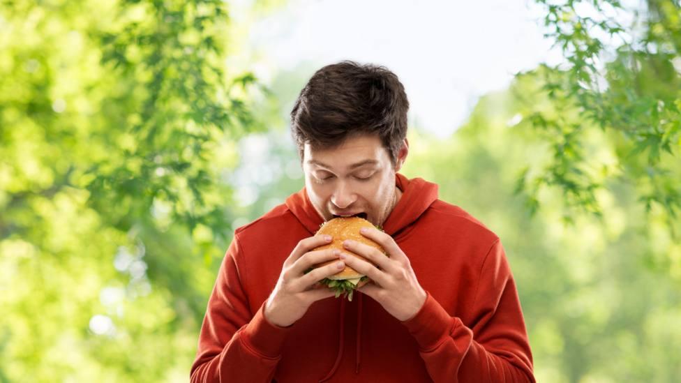 ¿Por qué los adolescentes suelen preferir la comida procesada?