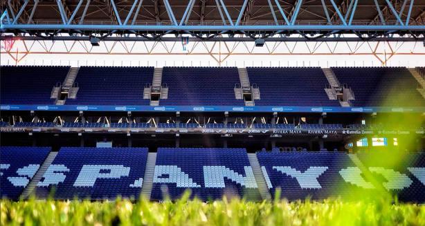 Grada del estadio de Cornellá-El Prat (FOTO: @RCDEspanyol)