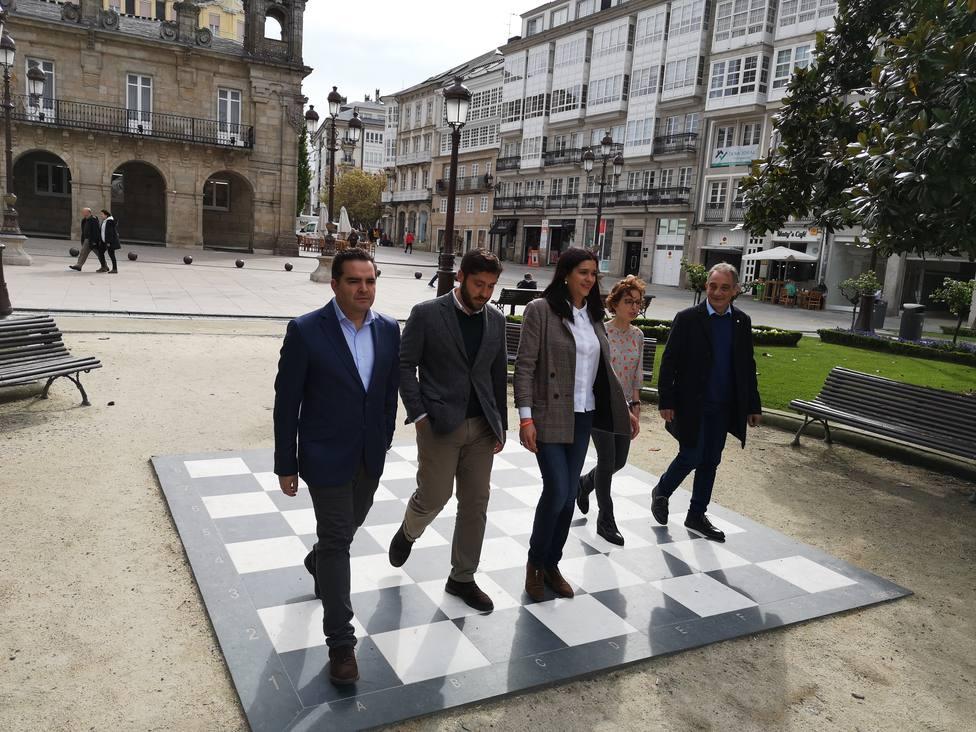 """Cs bajará el sueldo """"indecente"""" de la alcaldesa de Lugo en 1.200 euros si llega al gobierno"""