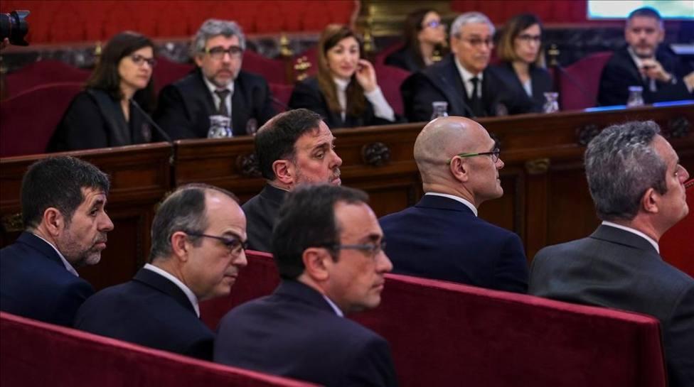 La suspensión de los diputados presos puede facilitar la investidura de Sánchez