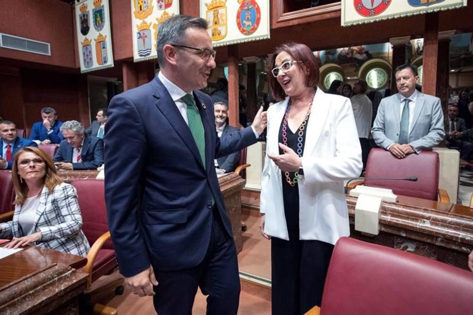 Ciudadanos se reunirá con VOX en Murcia para rectificar y desbloquear el gobierno de la Región