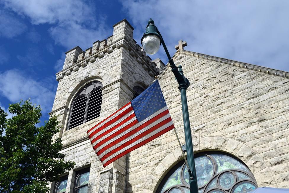 El increíble gesto de solidaridad de una iglesia: dona 7 millones de dólares