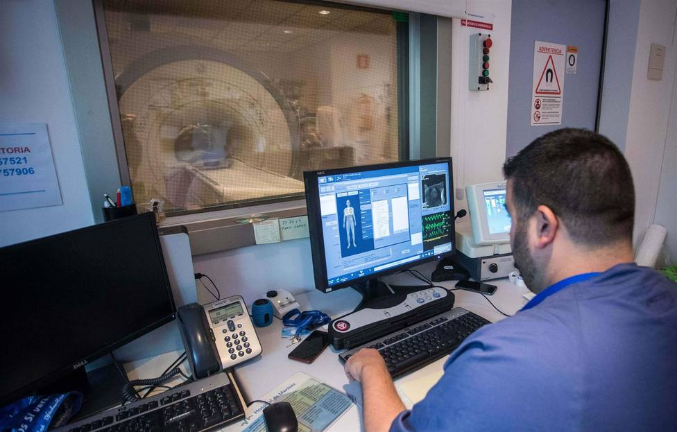 Los radiólogos de la Región muestran su preocupación por la carga de trabajo que soportan en los hospitales