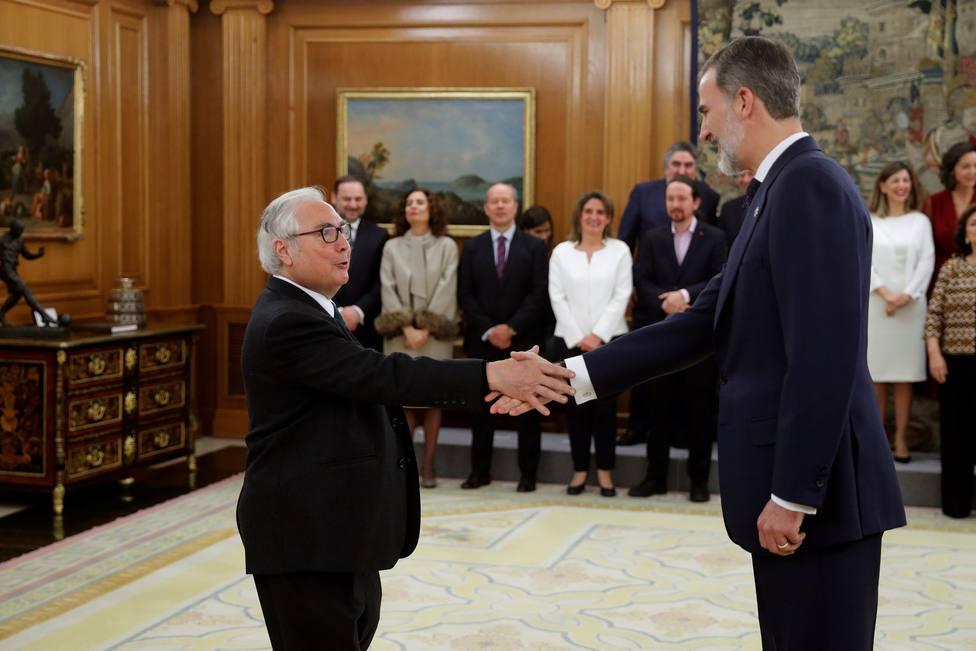 Toma de posesión del ministro Castells