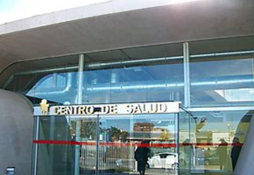 El centro de salud de Nuevo Cáceres llevará el nombre de Sebastián Traba, el médico fallecido por Covid-19