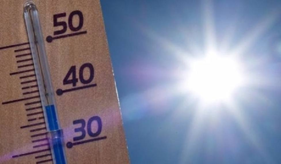 Termómetro marcando temperaturas extremas