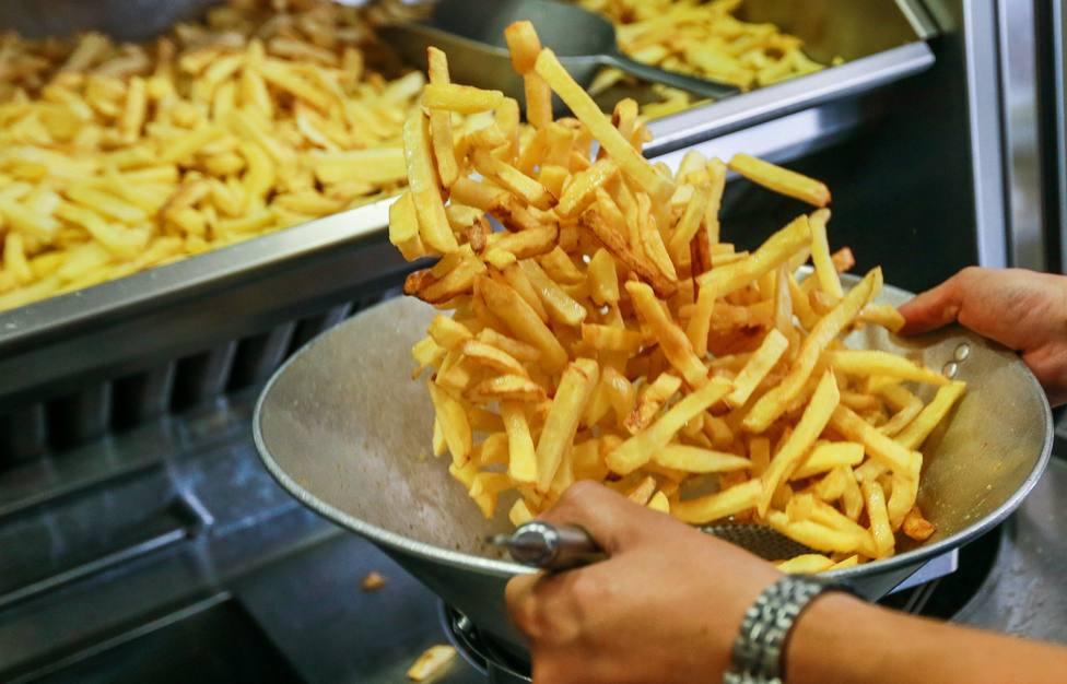 Esto es lo que le pasa a tu cuerpo si comes todos los días patatas fritas