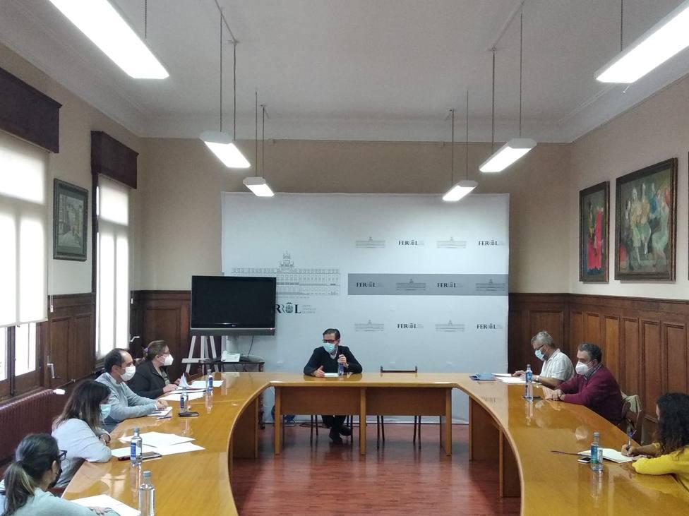 Sesión constituyente del Consejo Sectorial de la Lengua, en el salón de plenos de Ferrol