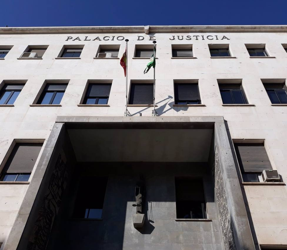 Almería.- Tribunales.- Condenado un clan que introducía hachís por Algeciras (Cádiz) y lo distribuía desde Almería