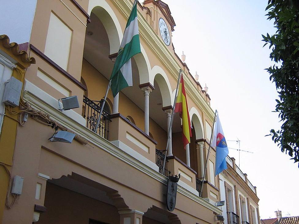 El alcalde de La Rinconada pide a sus vecinos que se autoconfinen desde este lunes