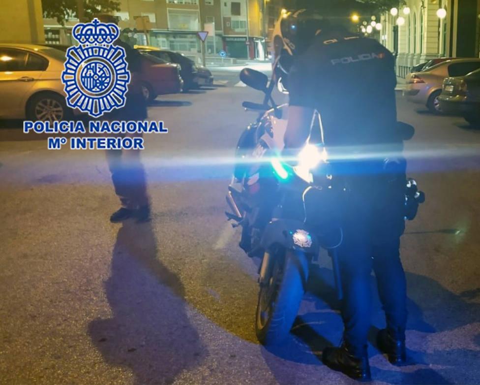 Detenido el conductor de un turismo en Cartagena con cocaína y 100 pastillas