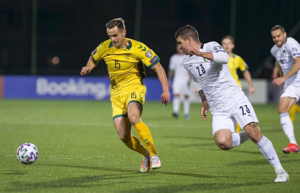 Petravicius disfruta de minutos con Lituania.