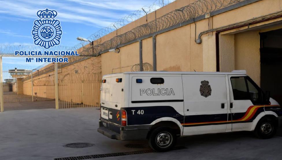 Detienen en Almería a un histórico delincuente tras disfrutar de un permiso