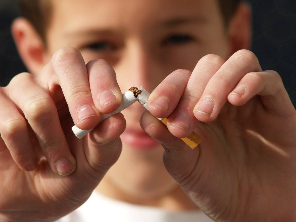 ctv-rs3-non-smoking-2497308 1920