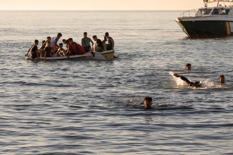 Ceuta tramita 600 solicitudes de asilo de los inmigrantes marroquíes que entraron a la ciudad