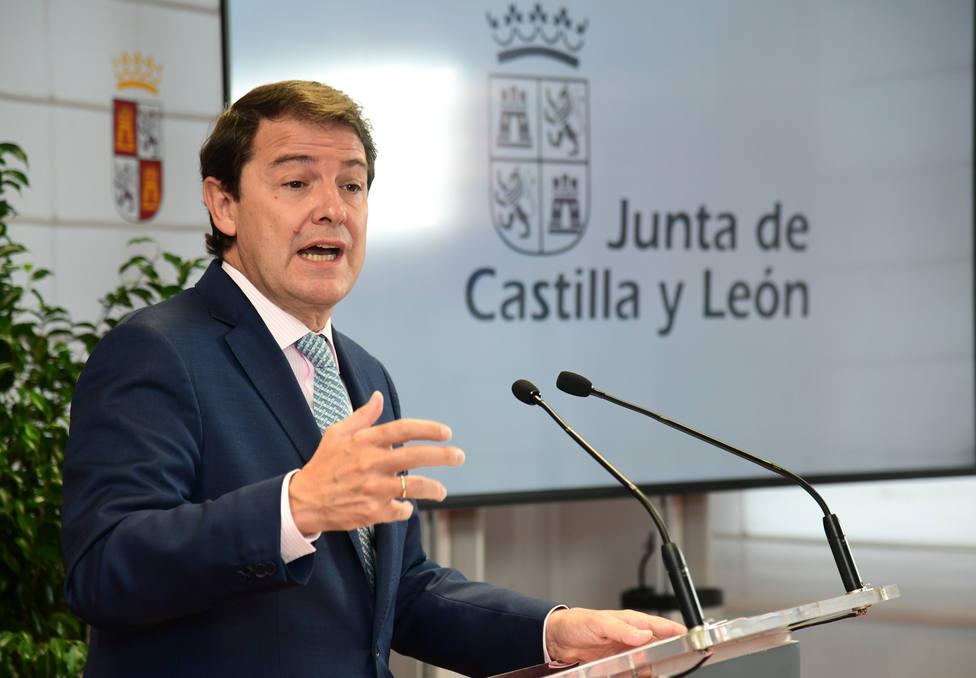 El presidente de la Junta de Castilla y León realiza una visita a Burgos