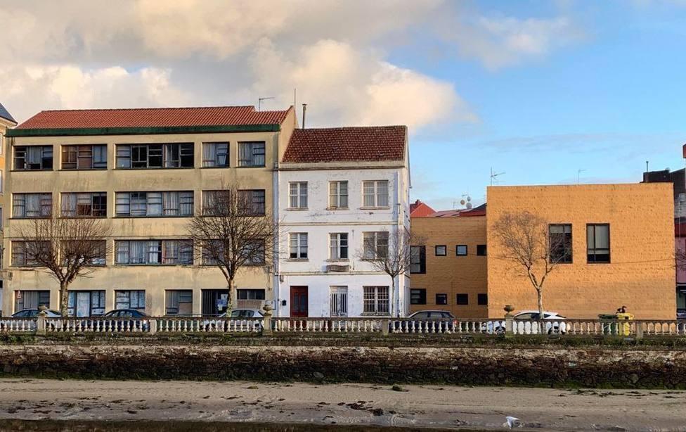 Cedeira comprará parcelas para ampliar su centro de salud. FOTO: concello de Cedeira