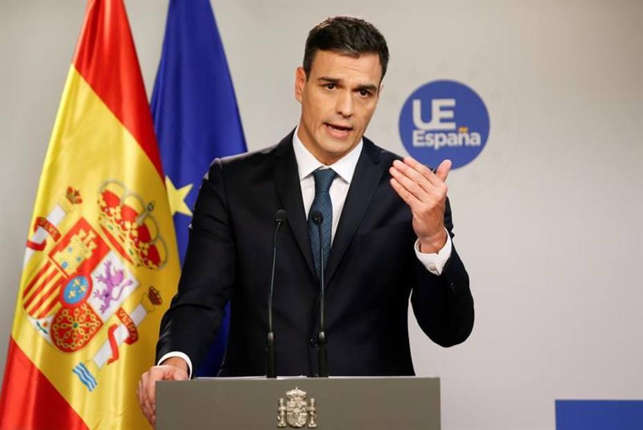 Sánchez acuerda con Merkel traer a España refugiados de Alemania