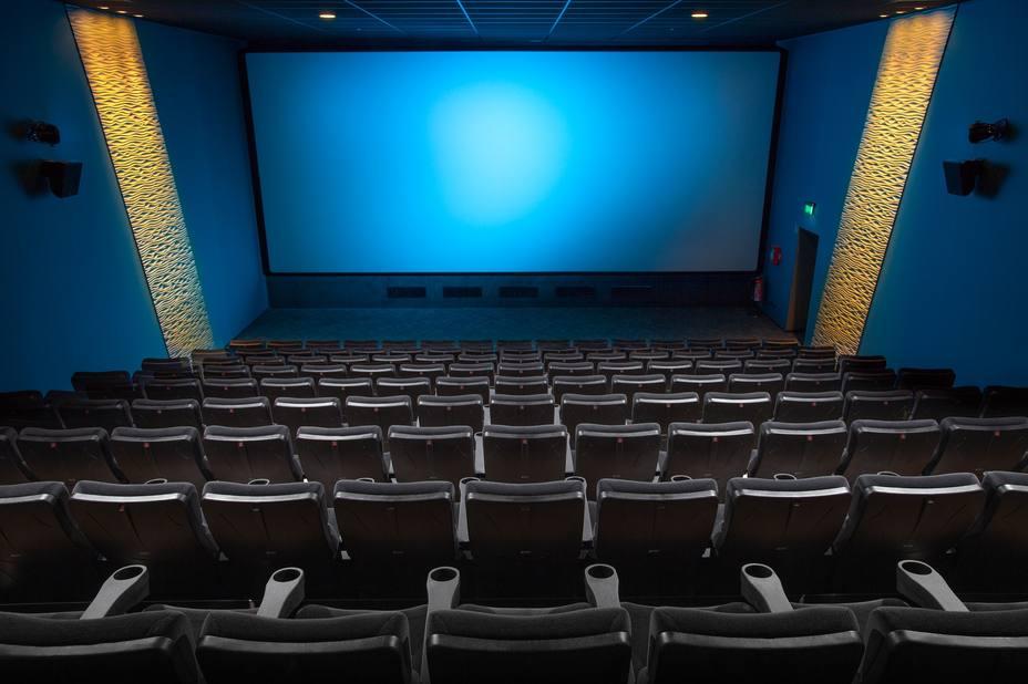 Solo en un tercio de los cines españoles se ha notado en el precio la bajada del IVA