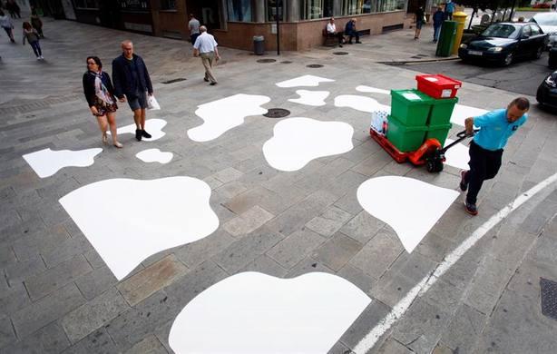 La Coruña sustituye un paso de cebra por un paso de vaca