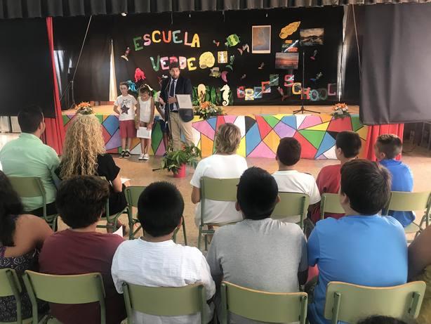 López Miras: Más de 6.000 alumnos de Cartagena tendrán libros de texto gratis este curso