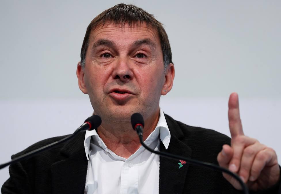 Arnaldo Otegi opina tras conocer la detención en Francia del histórico dirigente etarra José Antonio Urrutikoetxea
