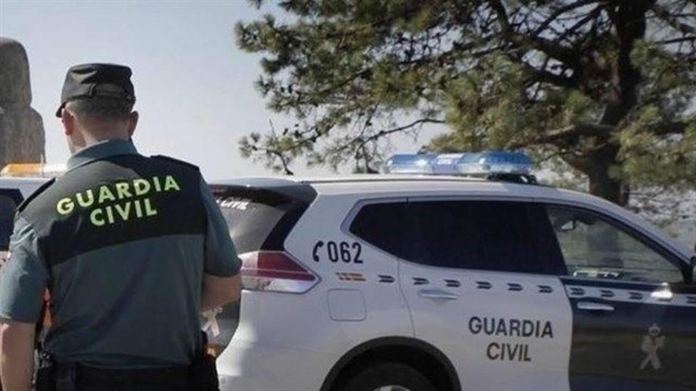 El niño de la pareja hallada sin vida en Ayamonte (Huelva) permanece con familiares