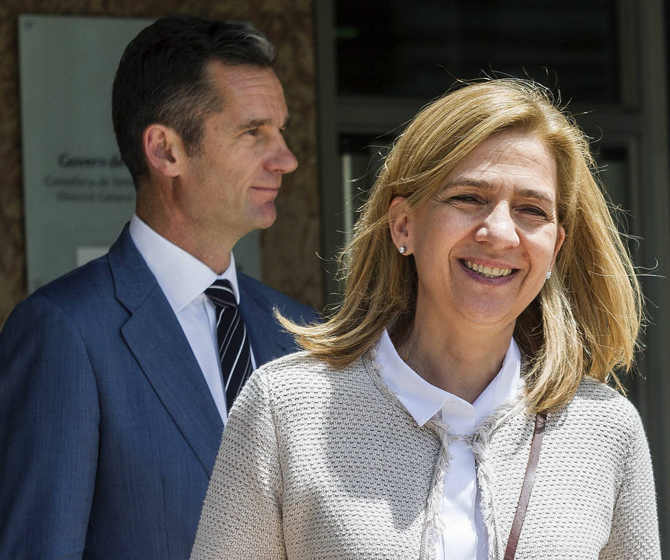 Así es la vida familiar de la infanta Cristina con Urdangarin en prisión