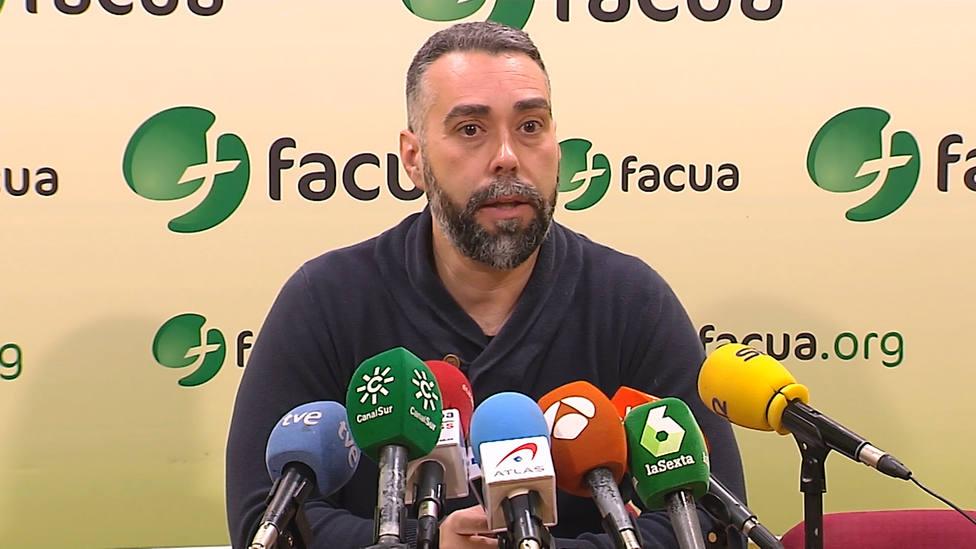 Facua pide a Sanidad que decrete la alerta sanitaria a nivel nacional por la carne mechada con listeria en Andalucía