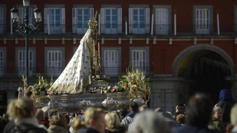 San Juan de Letrán y la Virgen de la Almudena: Piedras Vivas bajo la protección de María