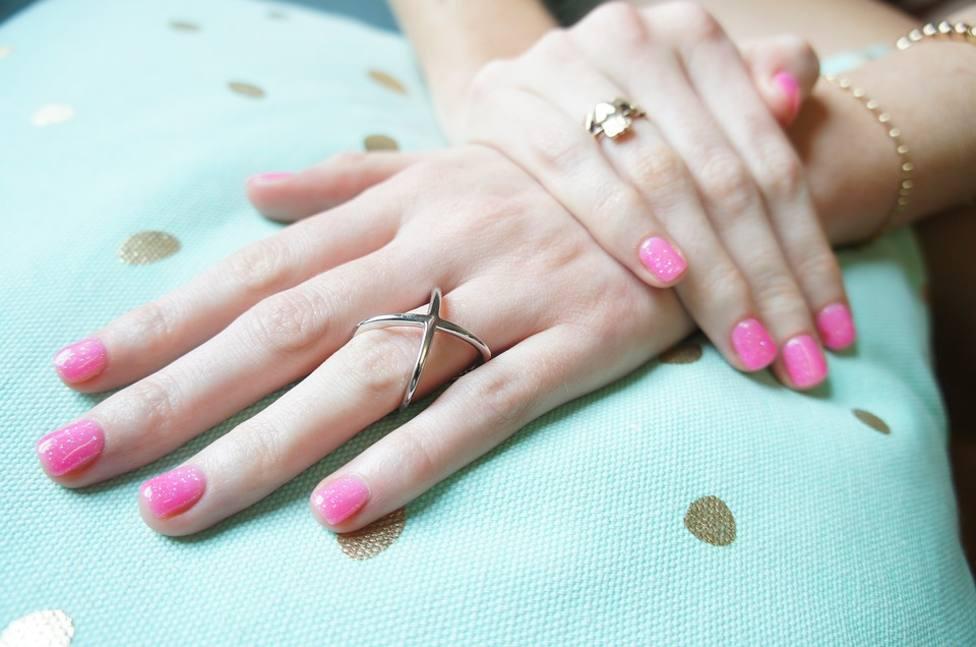 Los daños que produce la manicura permanente en tus uñas y que no sabías