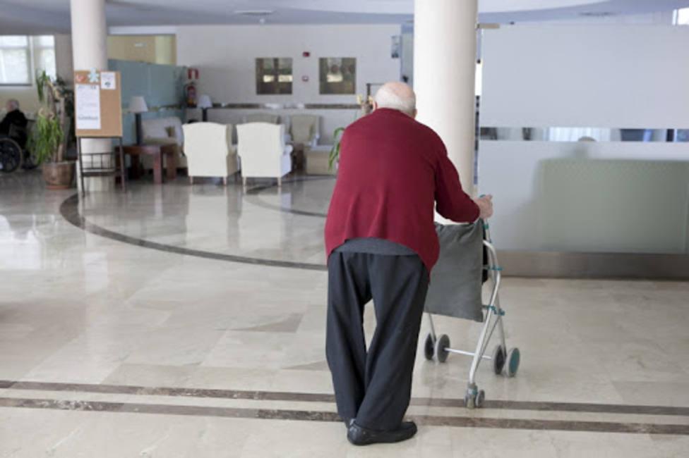 Canarias es la Comunidad con menos mortalidad entre los mayores de 74 años por la pandemia