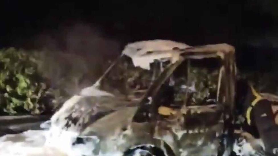 Queman en plena noche la autocaravana de un exconcejal de Ciudadanos en Málaga