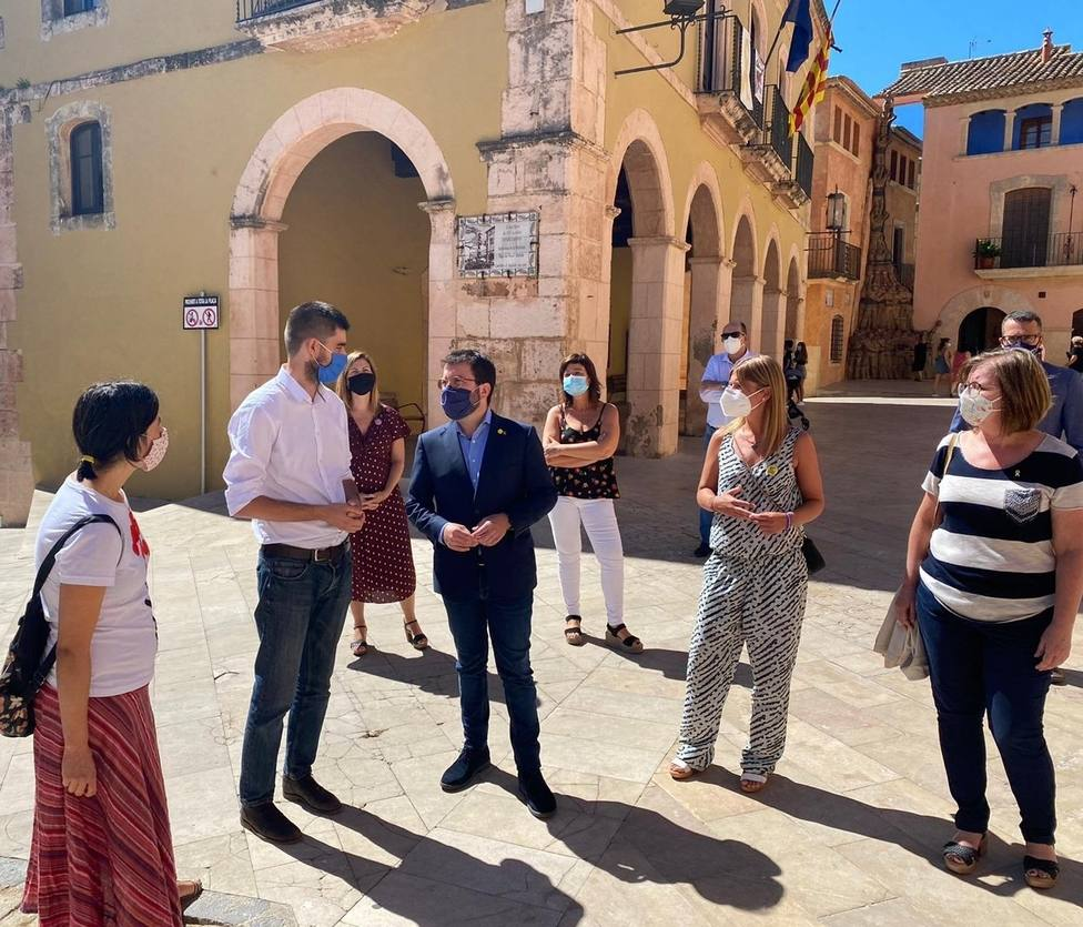 Aragonès insta al Gobierno a aprobar un permiso para padres con hijos confinados