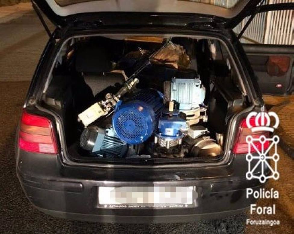Material robado en una empresa de Noáin que llevaban los detenidos en su vehículo