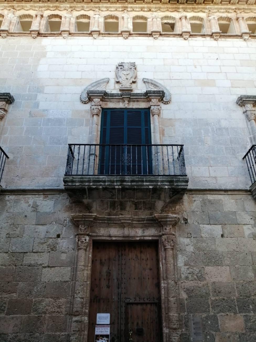 Adjudicados los trabajos de rehabilitación de la carpintería del palacio Saura Miret