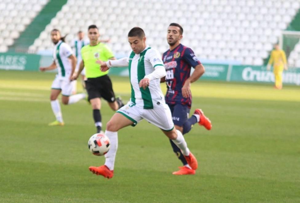 Inesperado y grave tropiezo del Córdoba (1-2)