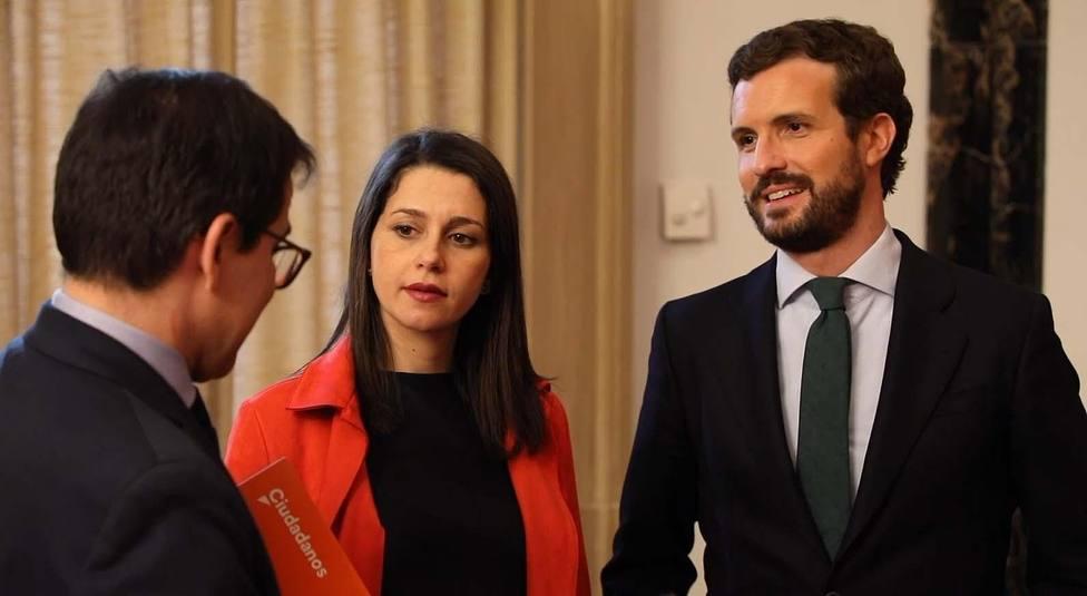 Las cúpulas de PP y Cs cierran filas tras los malos resultados electorales en Cataluña