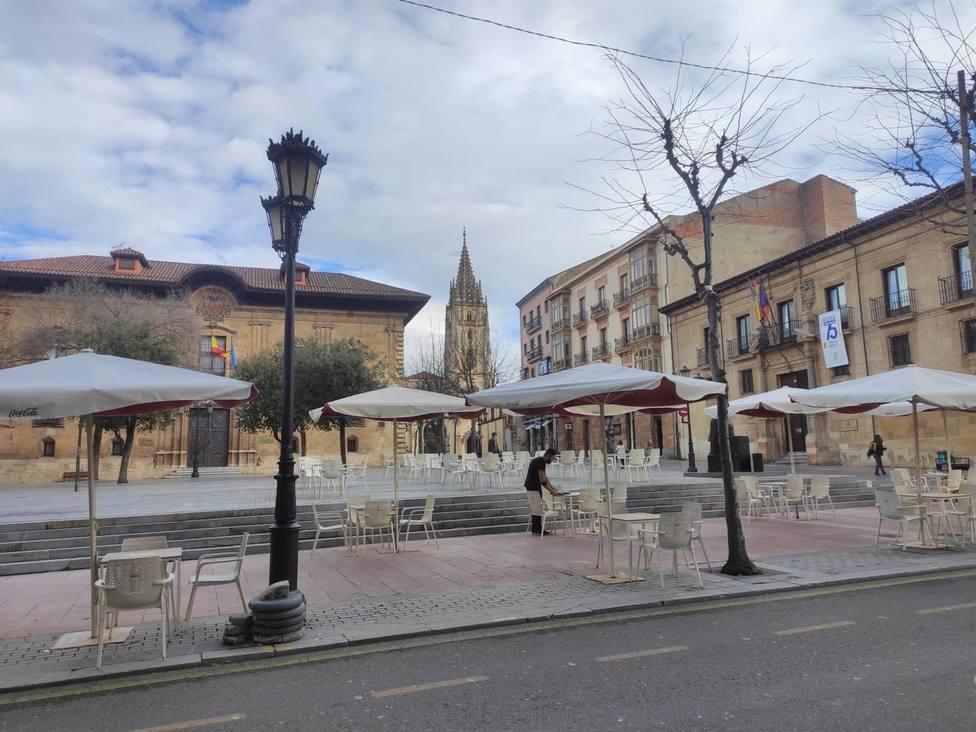 Terraza en la plaza de Porlier, Oviedo