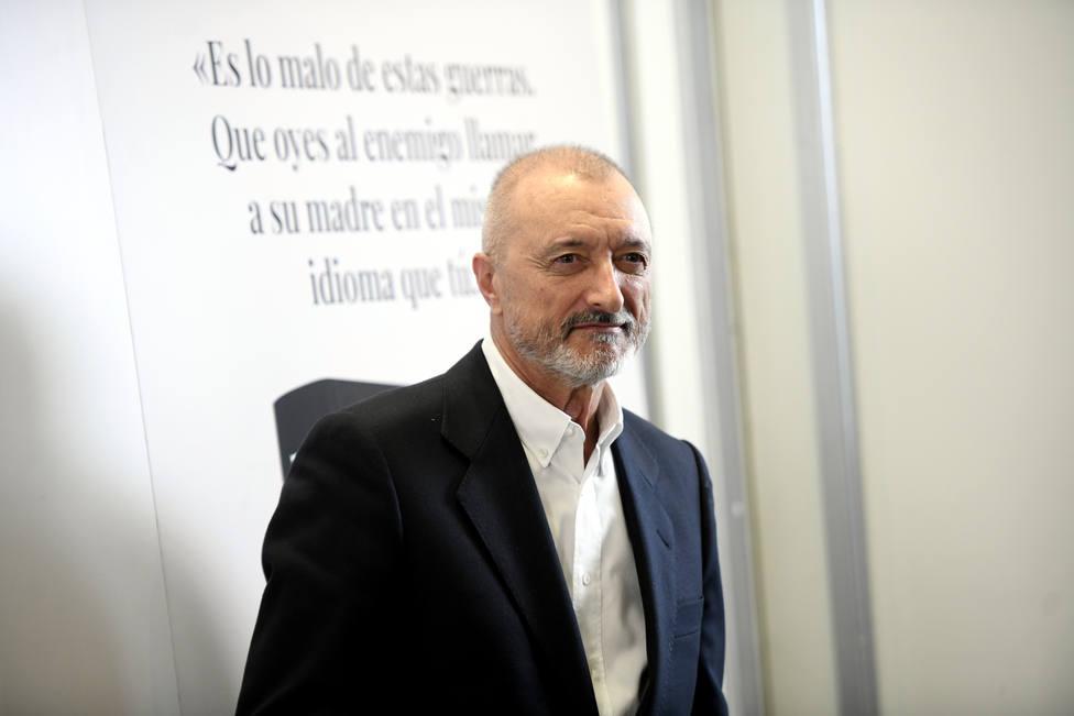 El conocido político al que aplaude Pérez-Reverte: Es formidable