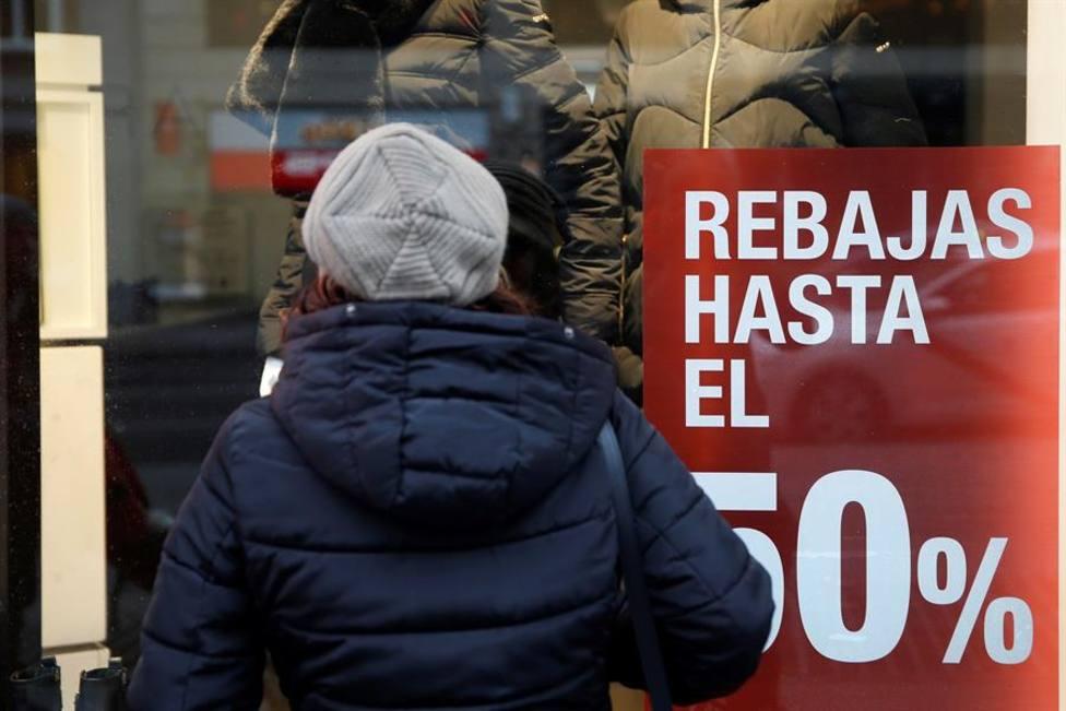 Las ventas del comercio minorista encadenan 12 meses consecutivos de descensos interanuales