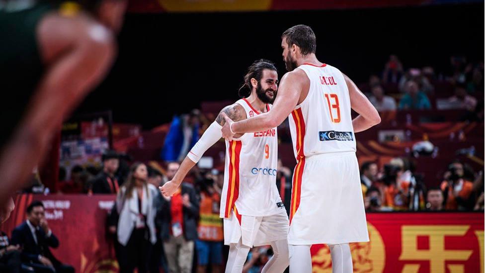 Rubio y Marc Gasol, en un partido con la Selección Española de Baloncesto (@BaloncestoESP)