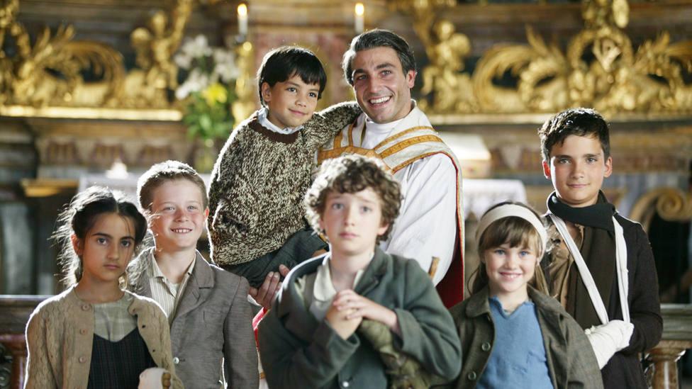 Este viernes, TRECE emite una película maravillosa: Don Carlo Gnocchi, el ángel de los niños