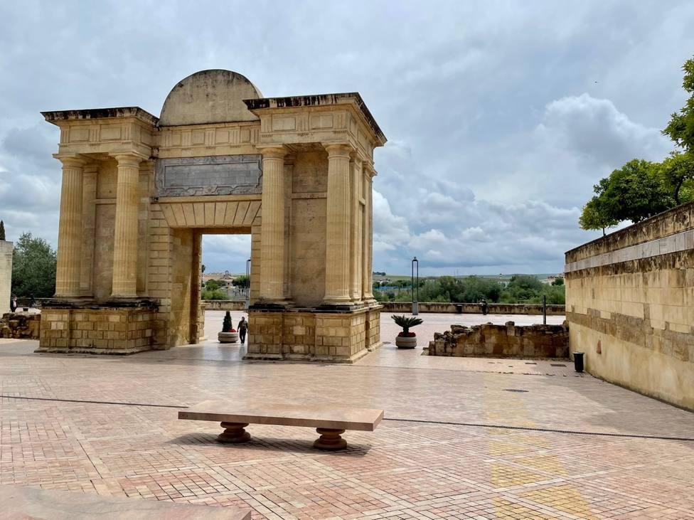 Isabel Albás: Este verano ha arrojado datos muy positivos para el turismo en Córdoba