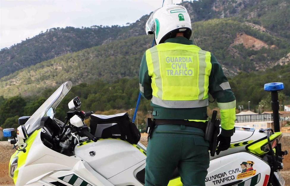 Muere un hombre de 36 años en un accidente entre un coche y una moto en Hornachuelos