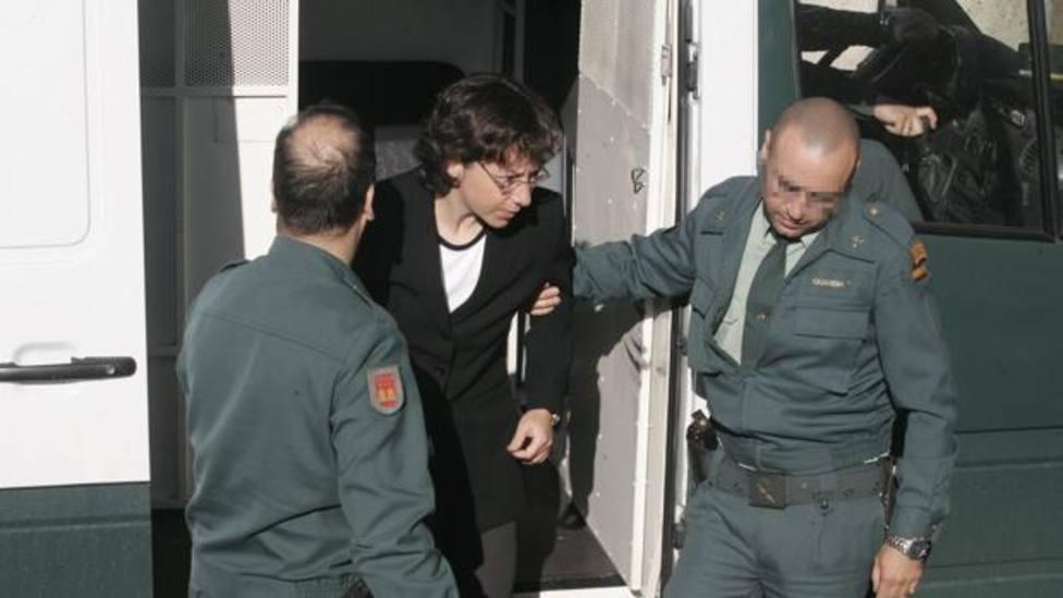 Noelia de Mingo en el momento en el que llegó al juicio celebrado en 2006