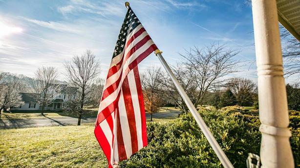 ¿Con qué productos se blinda EEUU con sus aranceles  Bandera de Estados  Unidos 146646528290